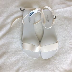 NWT jelly sandals size 9